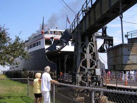S.S. Badger: the Only Coal-fired Steamship Operating in the U.S. - Pamela Crowe (http://)